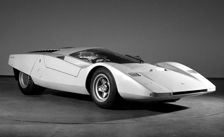 Doorstop Believin': 27 Incredible Concept Cars of the Wedge Era - Slide 10