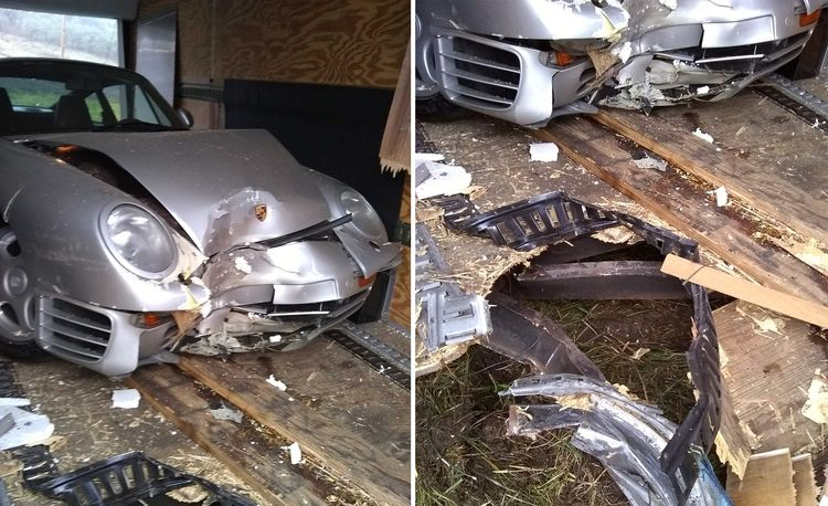 This Porsche 959 Was Part of a Bizarre Crash Between a Trailer and a Tree