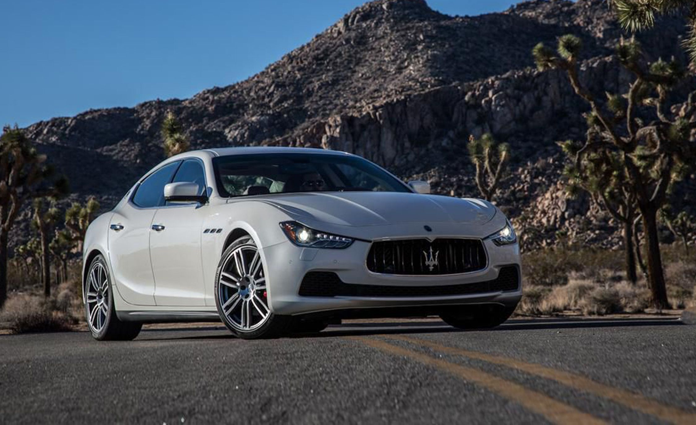 2014 Maserati Ghibli S Q4 Full Test Review Car And Driver