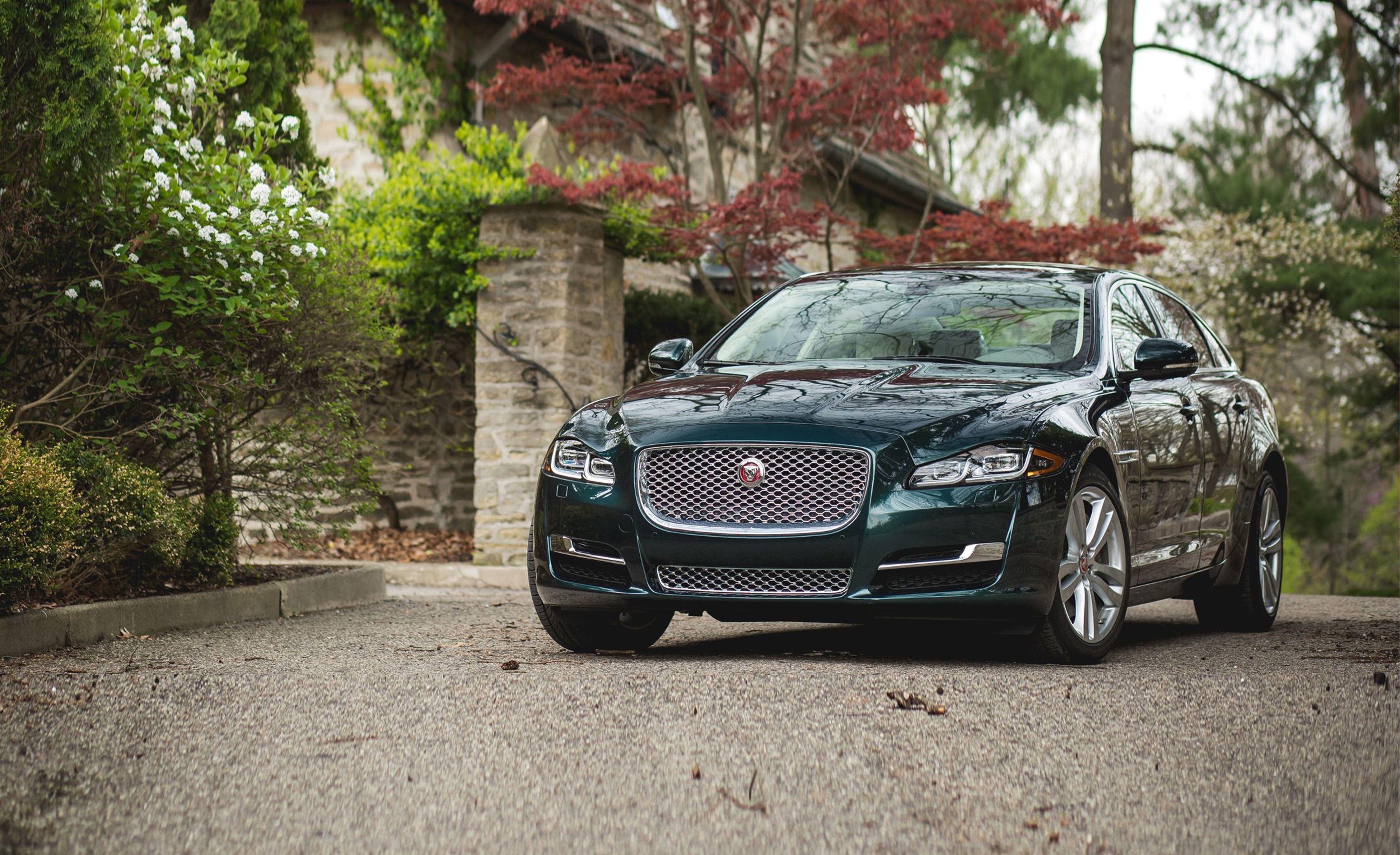 2019 Jaguar Xj Reviews Price Photos And Specs Car Driver