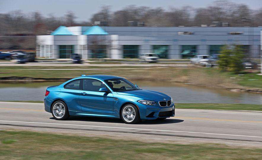 2017 BMW M2 - Slide 1