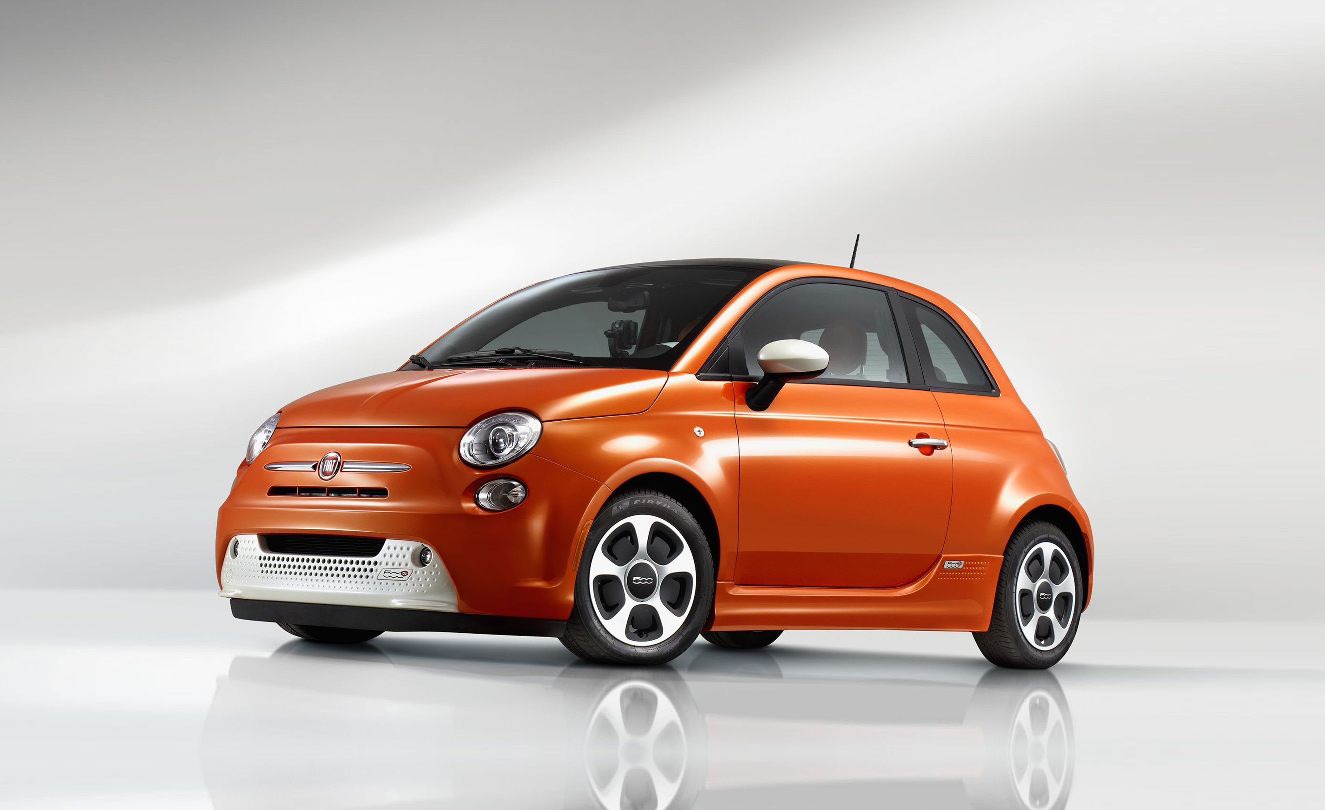 2018 Fiat 500e Reviews Price Photos And Specs Car Back Gt Gallery For Simple Electric Motor Diagram Driver