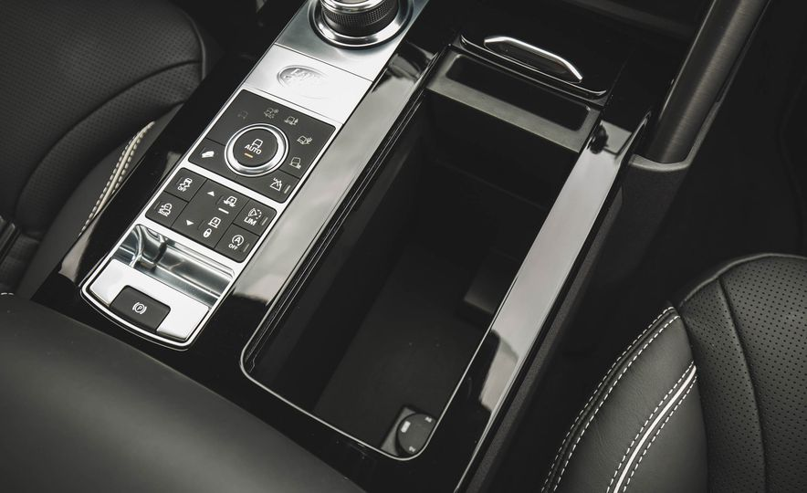 2017 Land Rover Discovery HSE Td6 - Slide 104