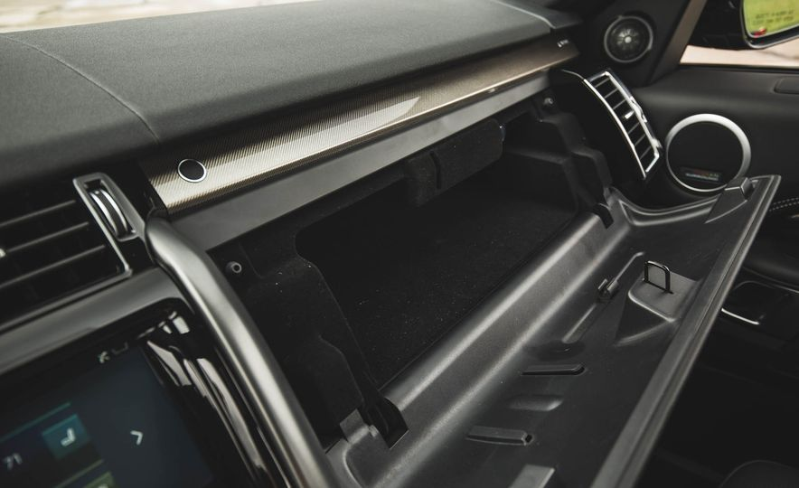 2017 Land Rover Discovery HSE Td6 - Slide 107