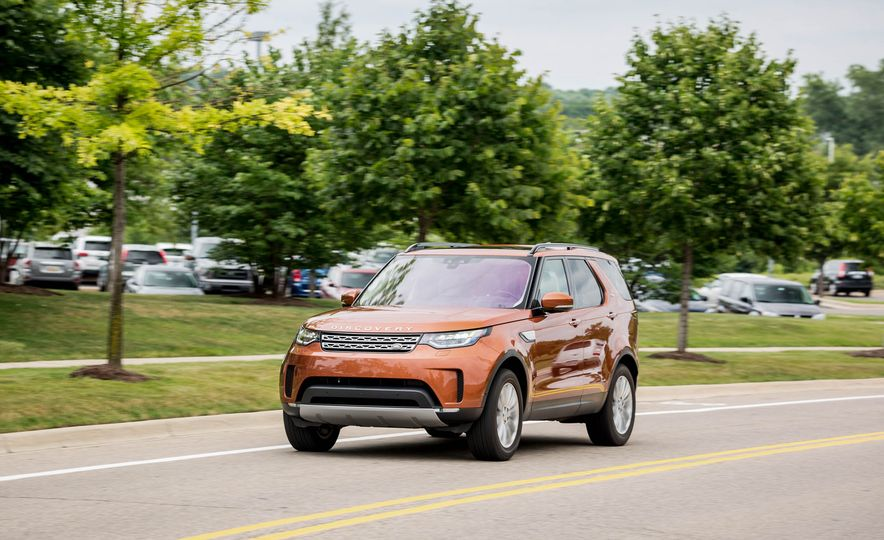 2017 Land Rover Discovery HSE Td6 - Slide 1
