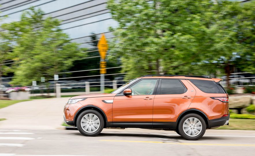 2017 Land Rover Discovery HSE Td6 - Slide 3