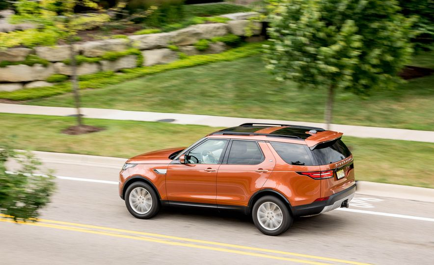 2017 Land Rover Discovery HSE Td6 - Slide 8