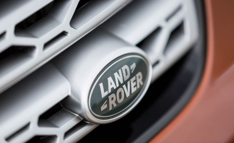 2017 Land Rover Discovery HSE Td6 - Slide 17