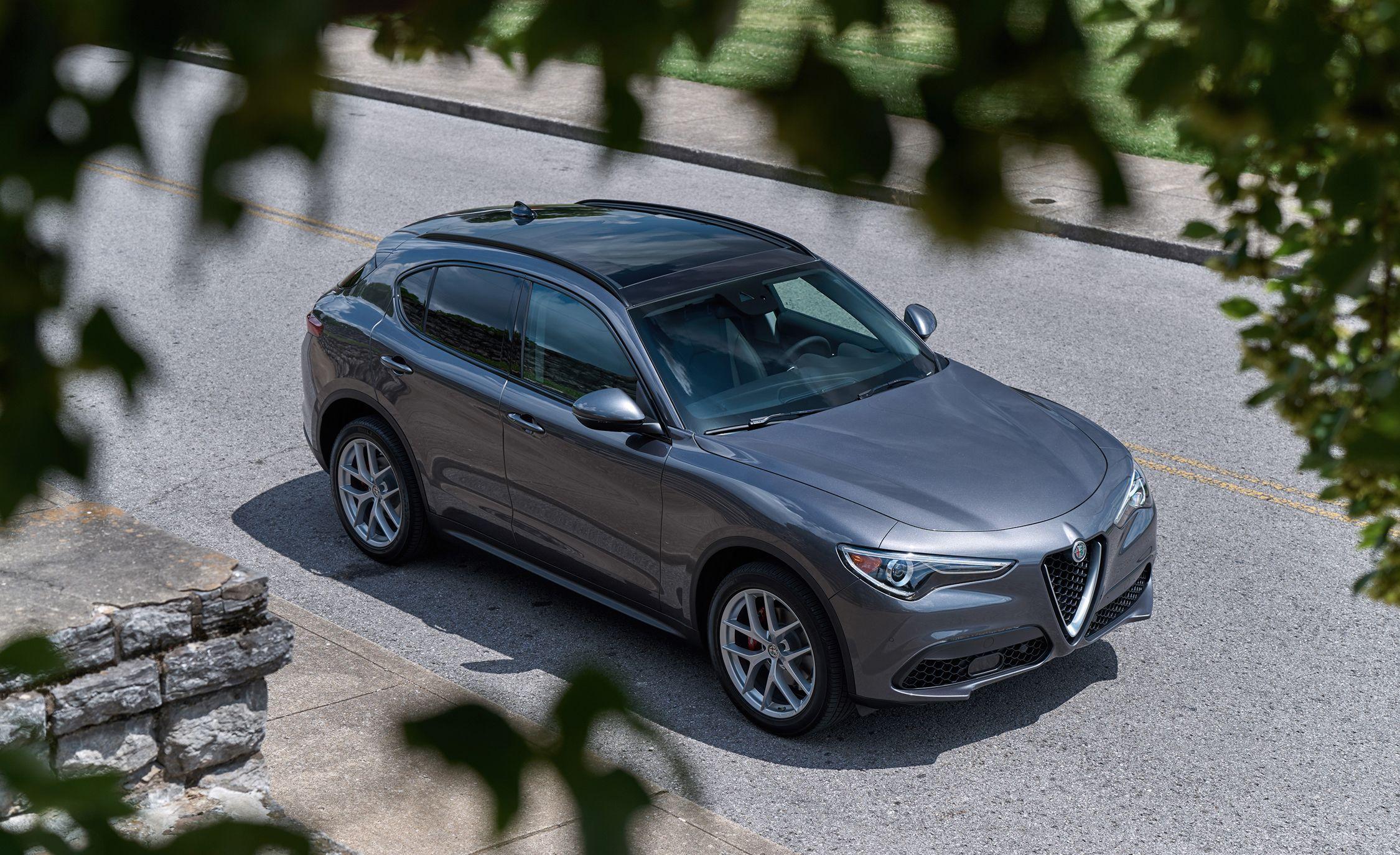 Alfa Romeo Stelvio Adds Cheaper RWD Variant for 2019