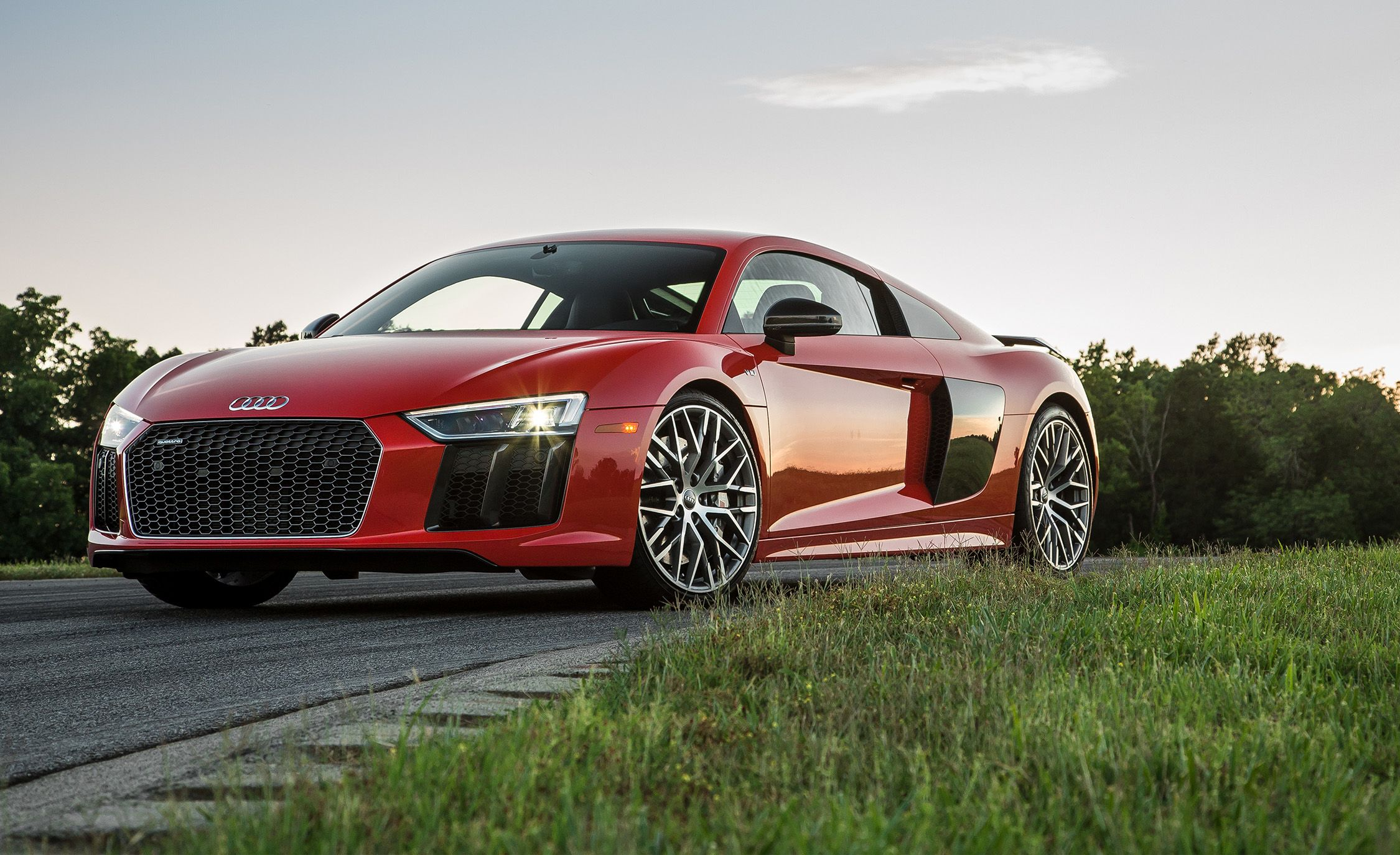 2018 Audi R8 Coupe And Spyder