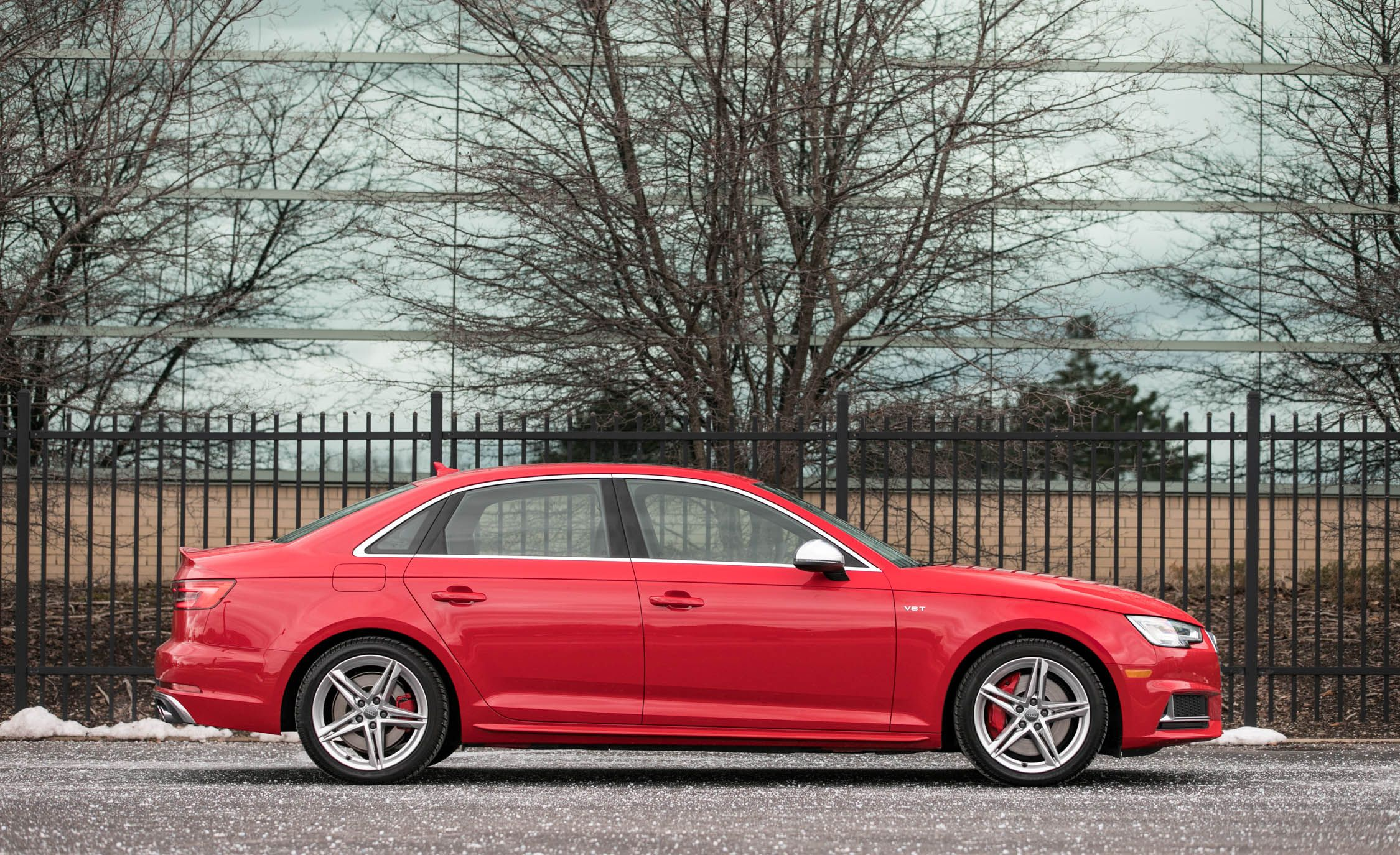 Audi S4 Reviews Audi S4 Price s and Specs