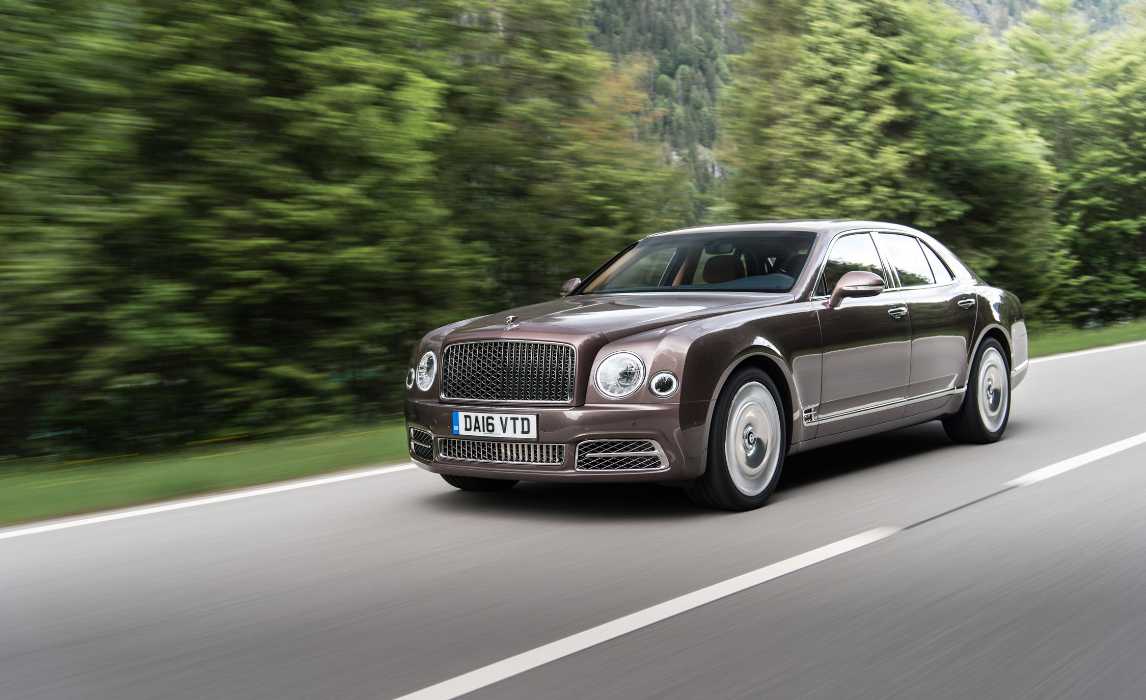 2018 bentley mulsanne reviews bentley mulsanne price photos and specs car and driver