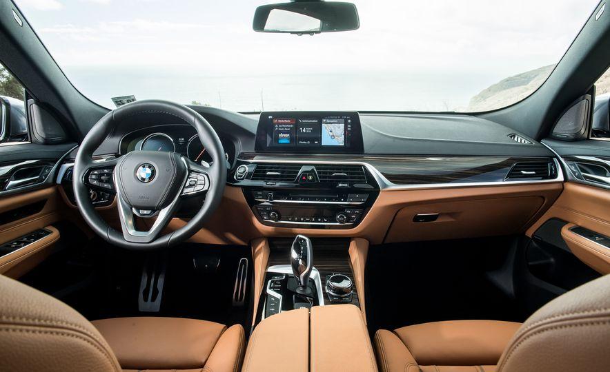 2018 BMW 640i xDrive Gran Turismo - Slide 25