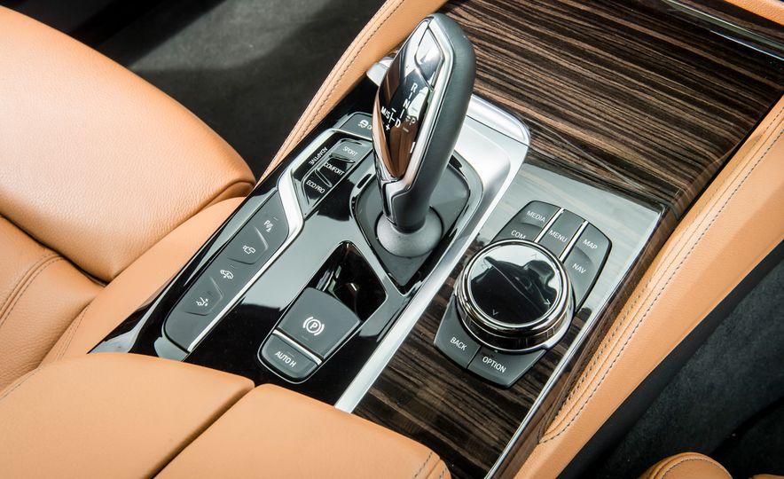 2018 BMW 640i xDrive Gran Turismo - Slide 30