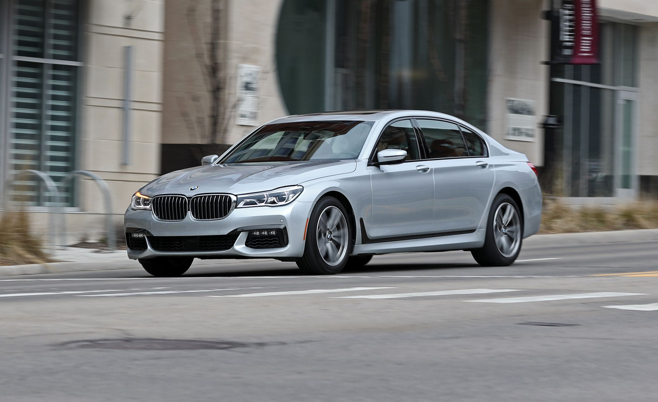 2018 Bmw 750i Rwd Tested Premium Ful Far From Playful Review Car And Driver