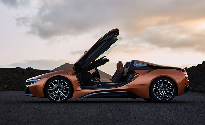 If Thereu0027s More Room Than The I8u0027s Supercar Appearance Promises, The  Inverse Applies To Performance. The 2019 I8s Continue To Be Fitted With A  Turbocharged ...