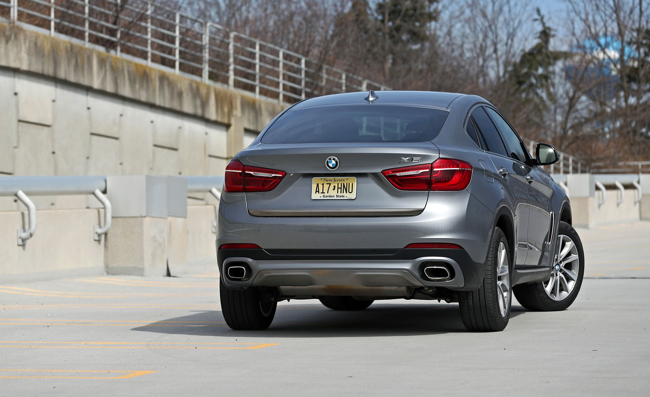 2018 Bmw X6 Warranty And Maintenance Coverage Review Car And Driver
