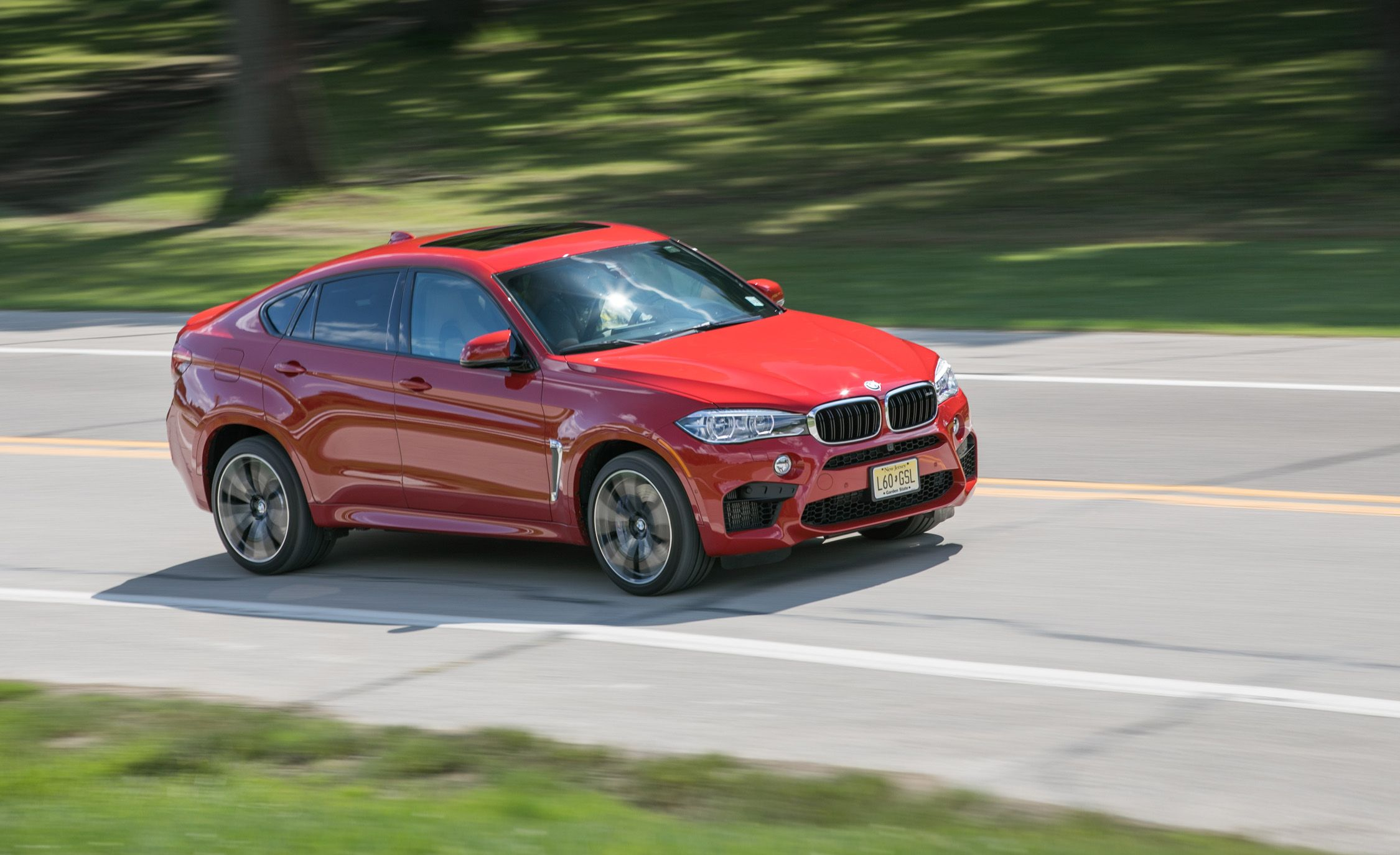 BMW X6 M Reviews | BMW X6 M Price, Photos, and Specs | Car and Driver
