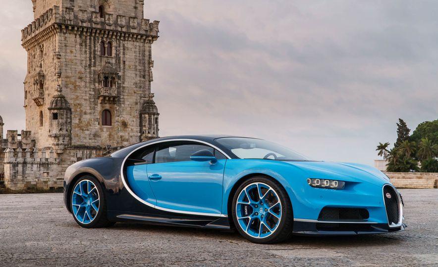 Bugatti Chiron Divo - Slide 13