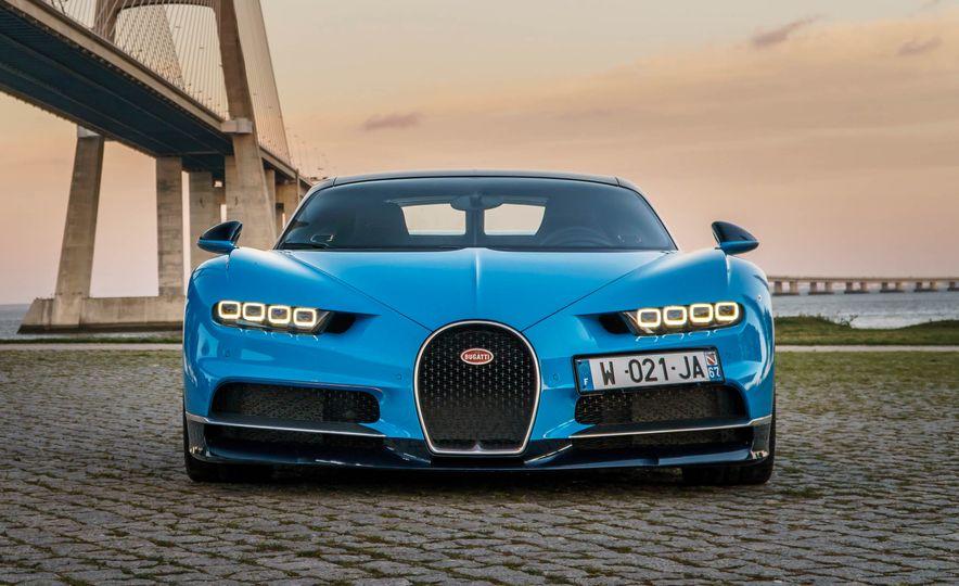 Bugatti Chiron Divo - Slide 19