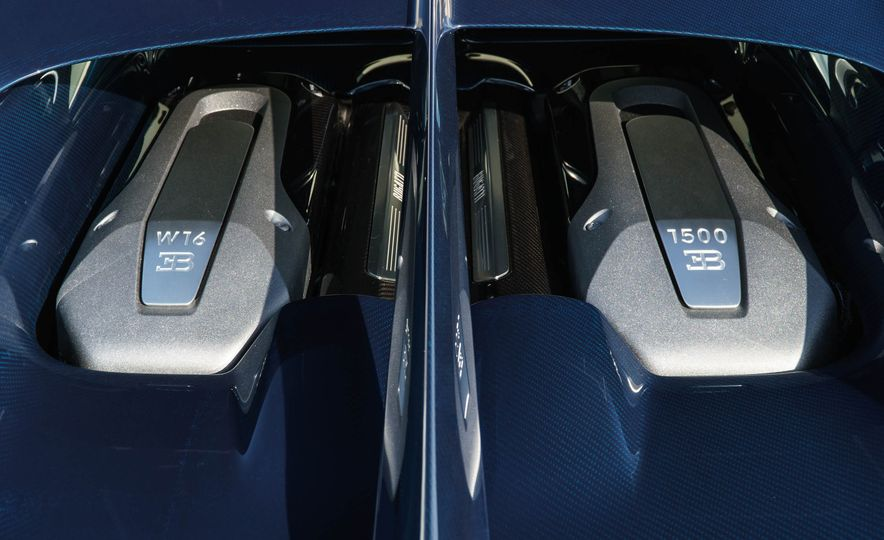 Bugatti Chiron Divo - Slide 32