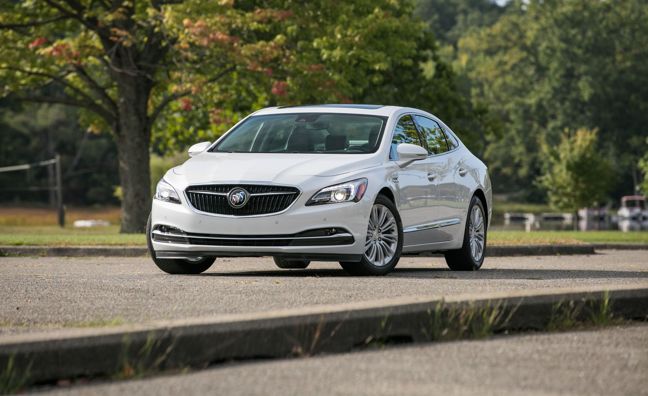 Buick LaCrosse: Manual Operation
