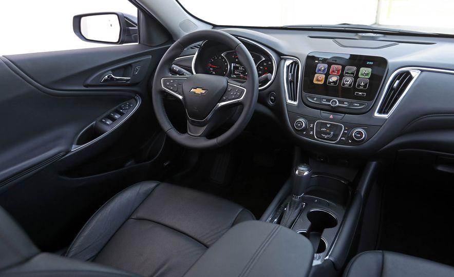 2018 Chevrolet Malibu 1.5T - Slide 34