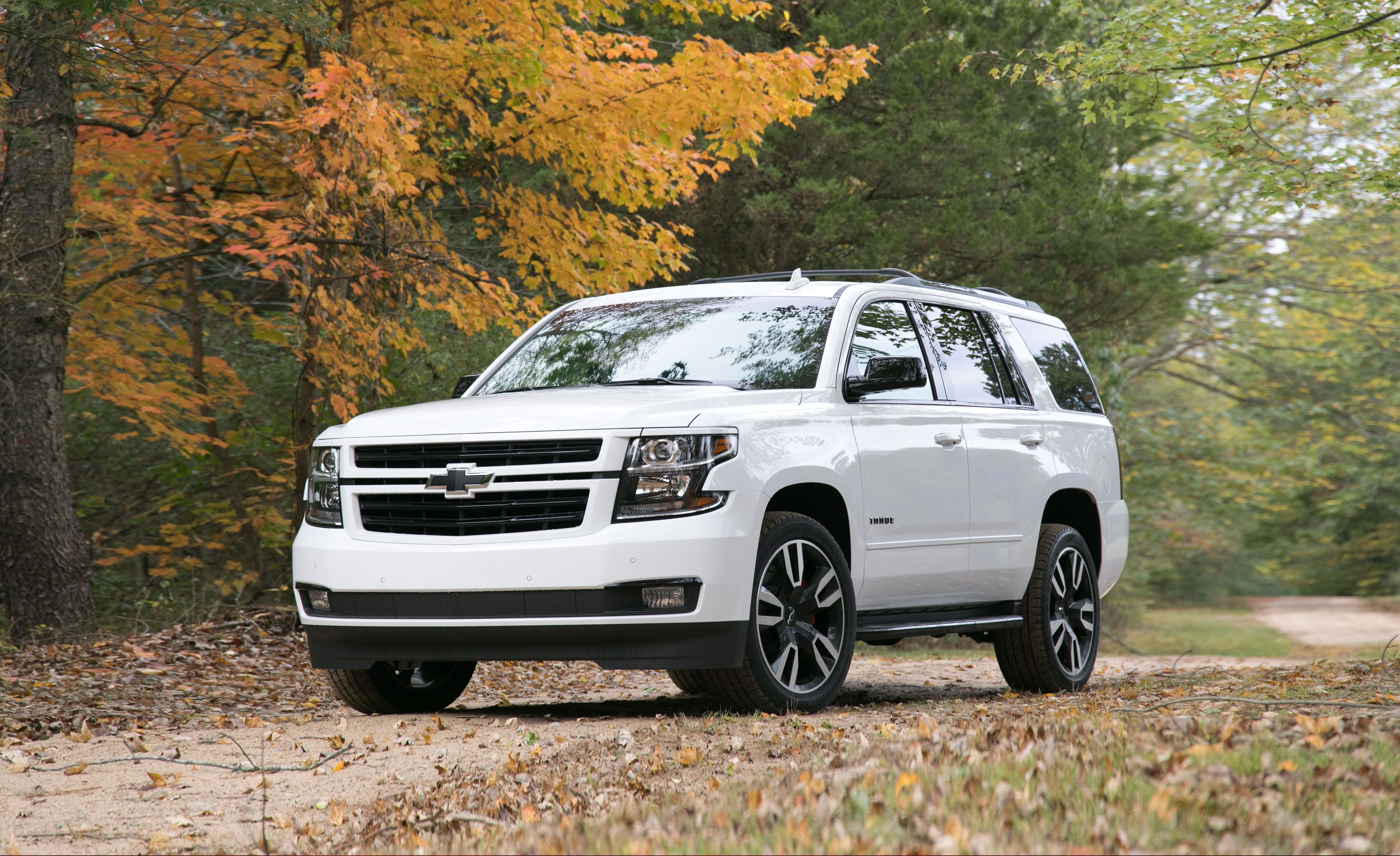 2020 Chevrolet Tahoe Reviews Price Photos And Specs Car Driver