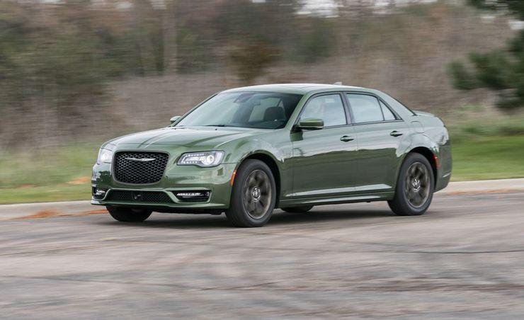 2018 Chrysler 300 – In-Depth Review
