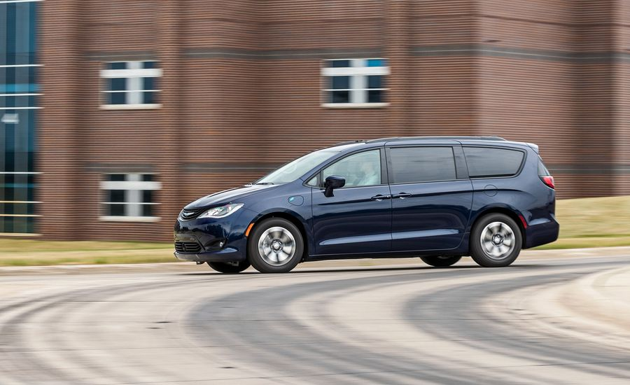 Our 2018 Chrysler Pacifica Hybrid Begins Its Long-Haul Journey