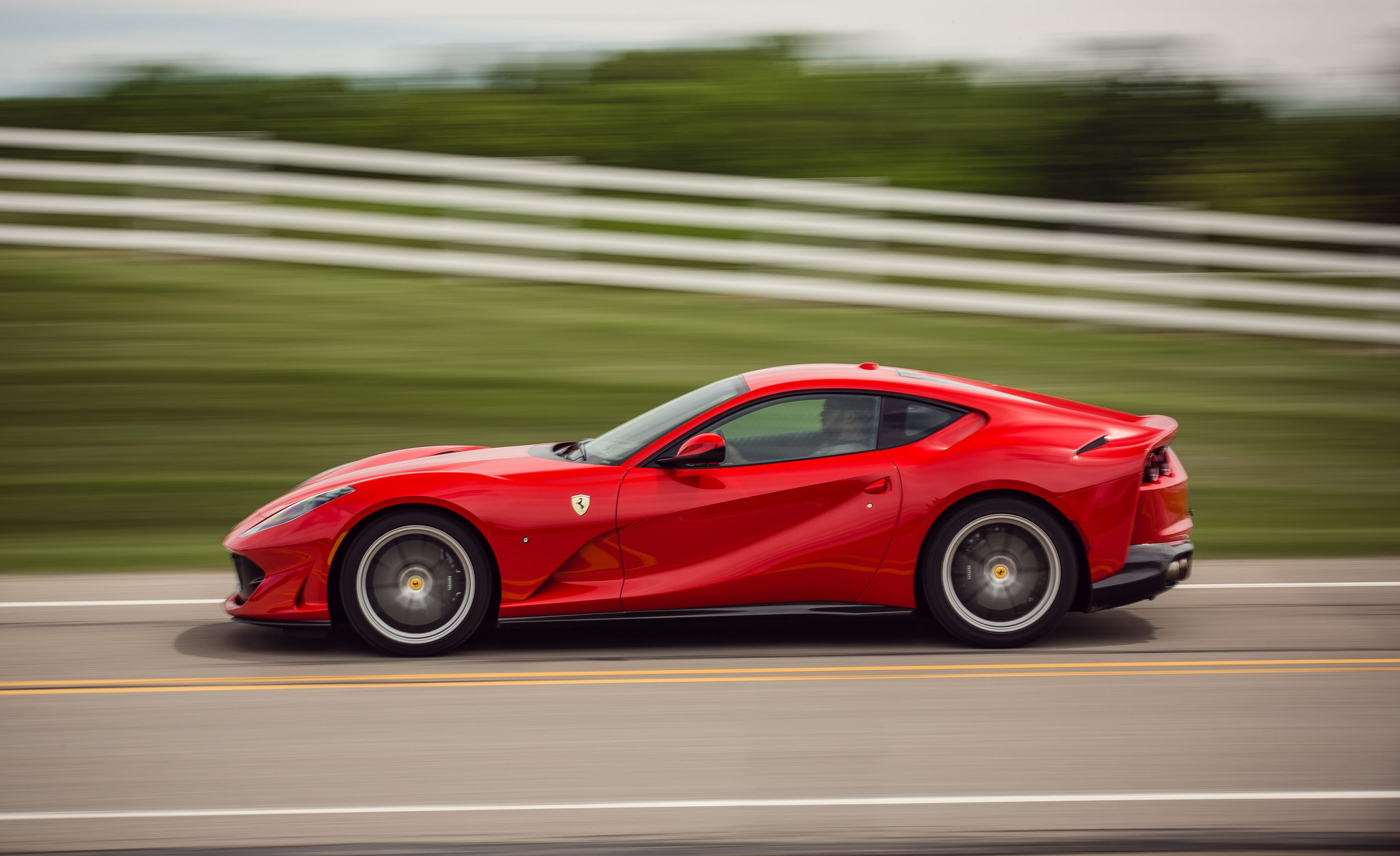 Ferrari 812 Superfast Reviews