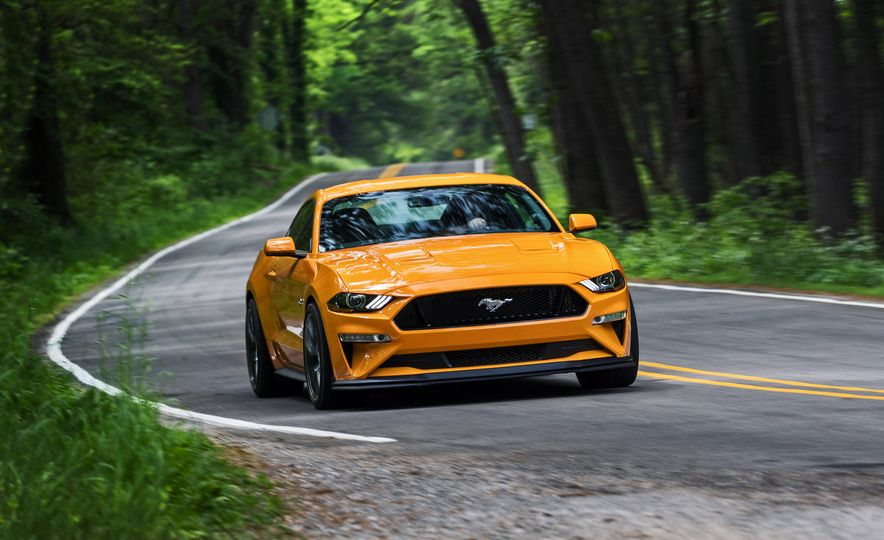 2018 Ford Mustang GT Performance Package Level 2 - Slide 1