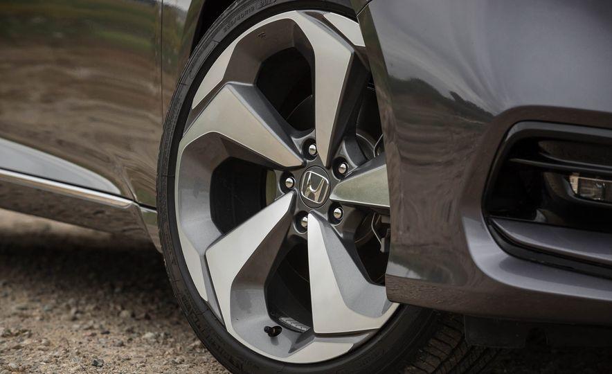 2018 Honda Accord 2.0 Turbo - Slide 8