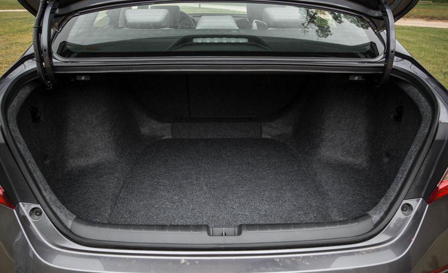 2018 Honda Accord 2.0 Turbo - Slide 22