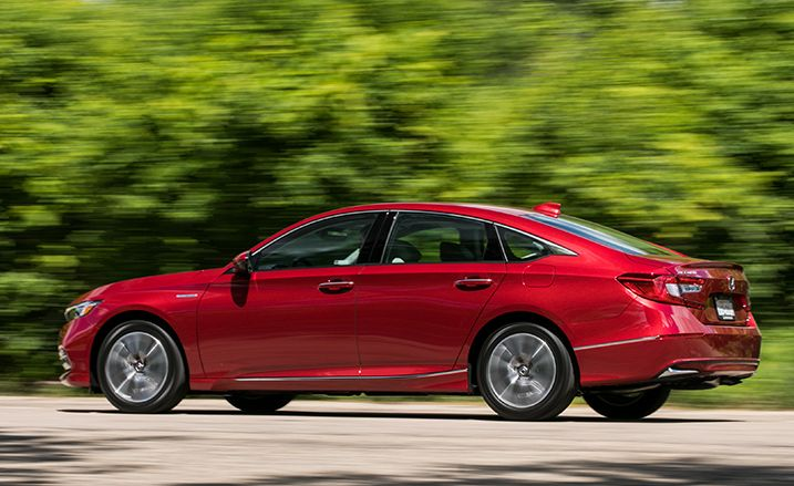 Our Top Touring Trim Sported A Sticker Price Of 35 605 Nearly 10k Premium Over The 26 670 Total For Manual Accord Sport