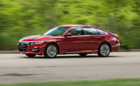 The 2018 Honda Accord Hybrid Puts a Clever Powertrain into a Proven Performer