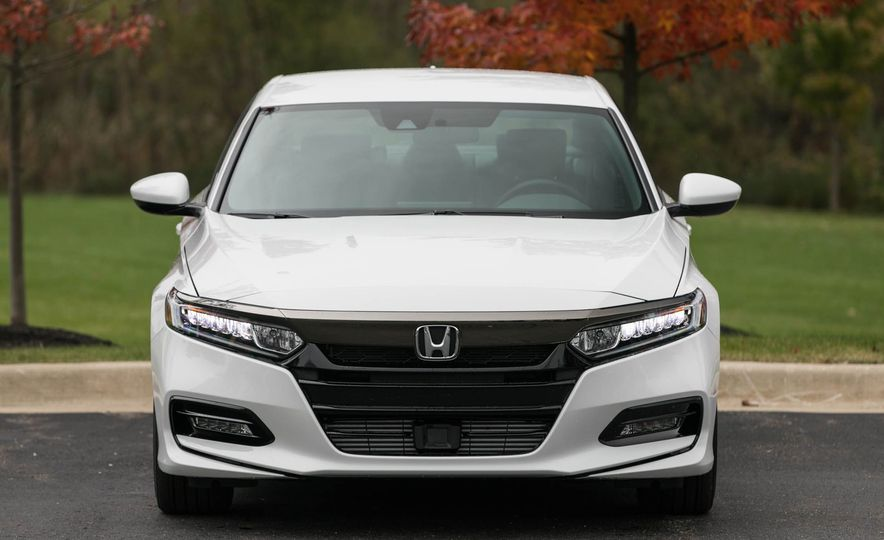 10 Reasons Why You Should Buy a Honda Accord - Slide 1