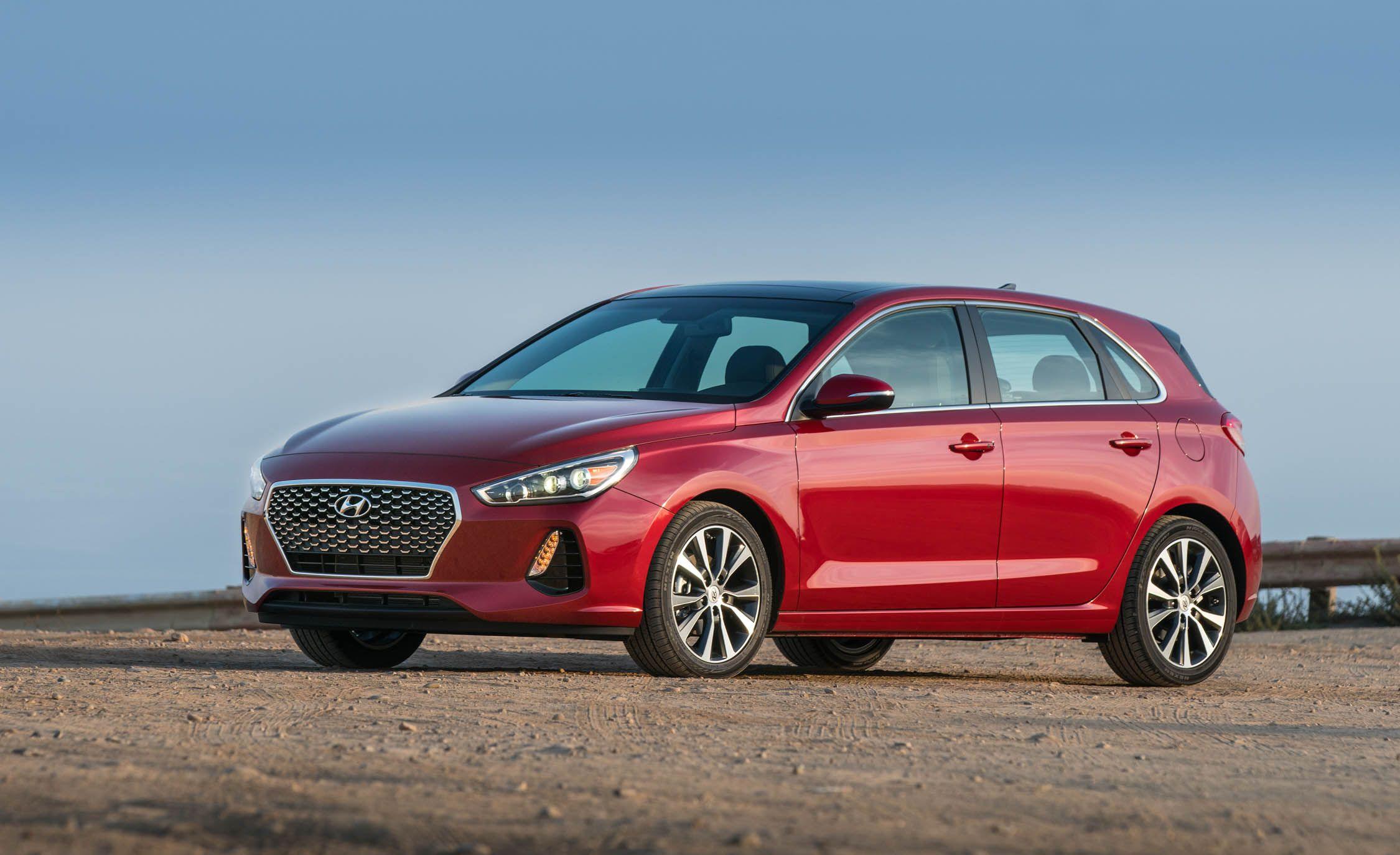 Hyundai Elantra GT Reviews | Hyundai Elantra GT Price, Photos, and ...