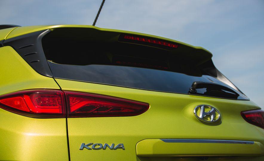 2018 Hyundai Kona AWD - Slide 24