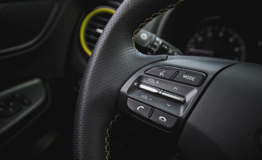2018 Hyundai Kona AWD - Slide 38