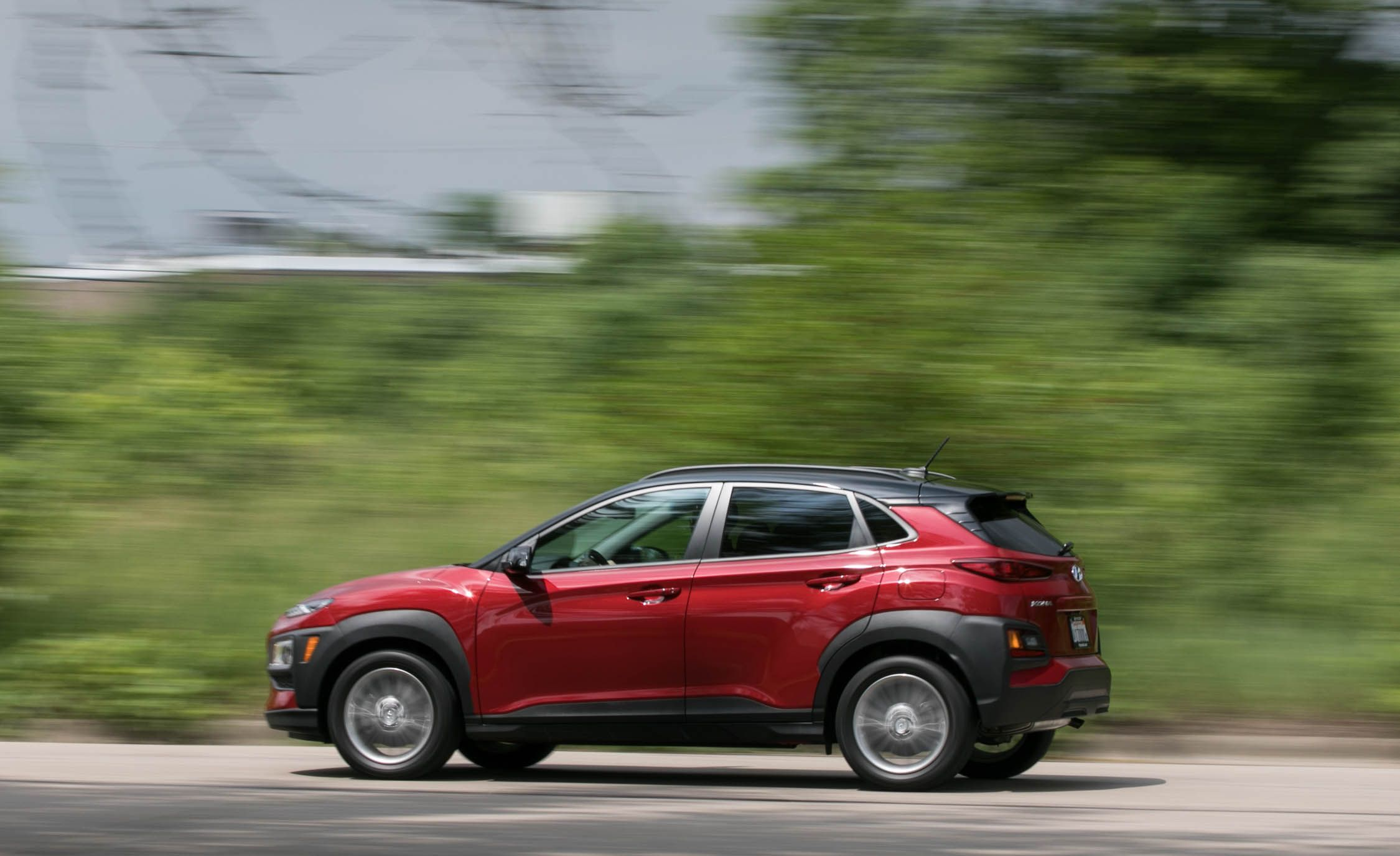 Hyundai Kona Reviews Price Photos And Specs Car Driver