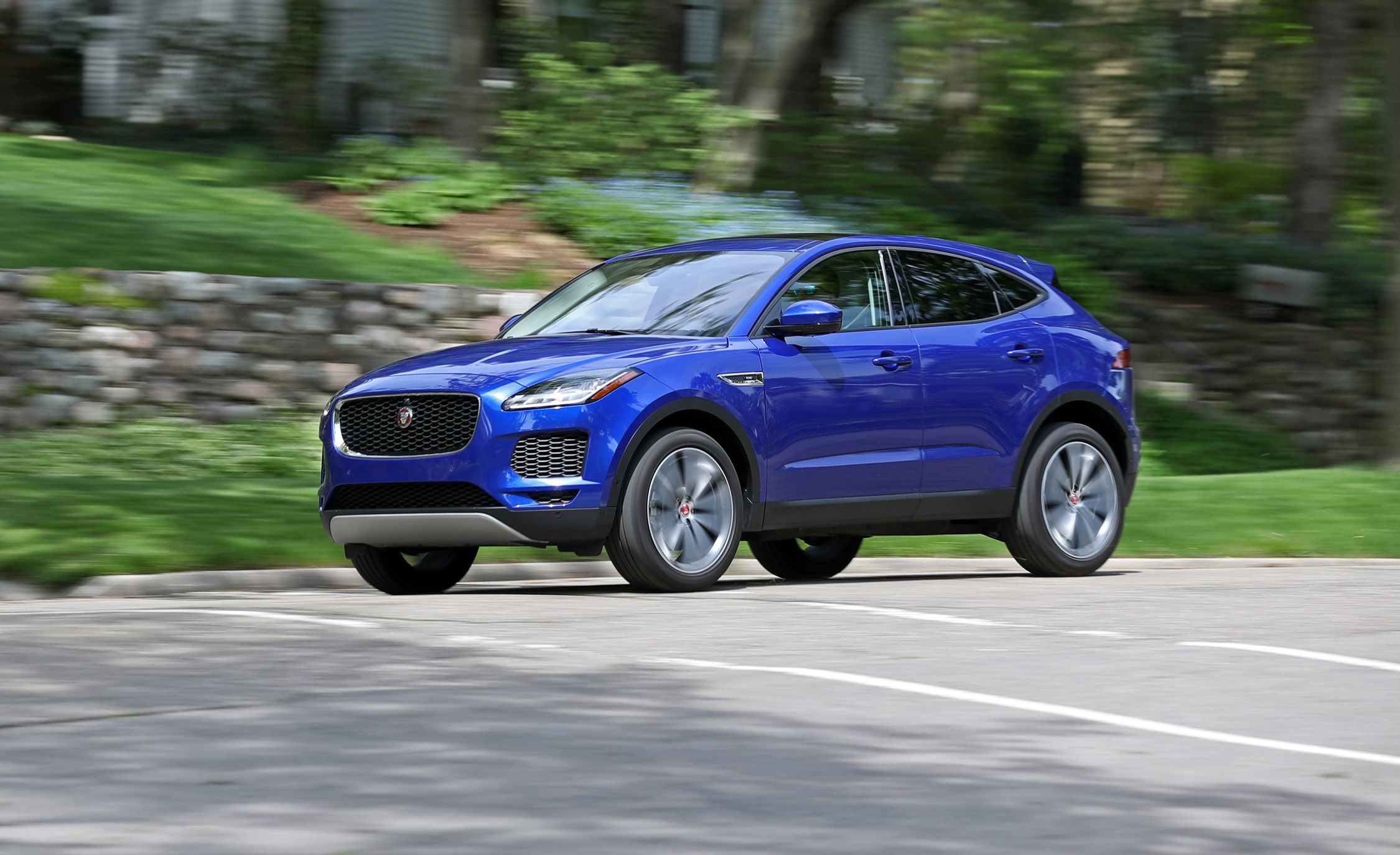 2018 jaguar e pace p250 awd tested little crossover y spendy review car and driver. Black Bedroom Furniture Sets. Home Design Ideas