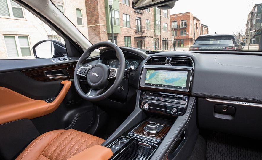 2018 Jaguar F-Pace 30t and 2018 Land Rover Range Rover Velar P250 - Slide 11