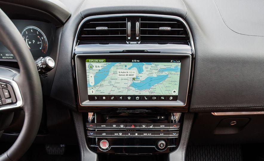 2018 Jaguar F-Pace 30t and 2018 Land Rover Range Rover Velar P250 - Slide 13