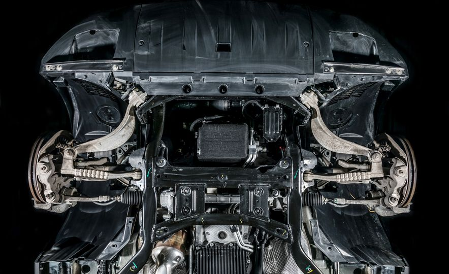 2018 Jaguar F-Pace 30t and 2018 Land Rover Range Rover Velar P250 - Slide 15