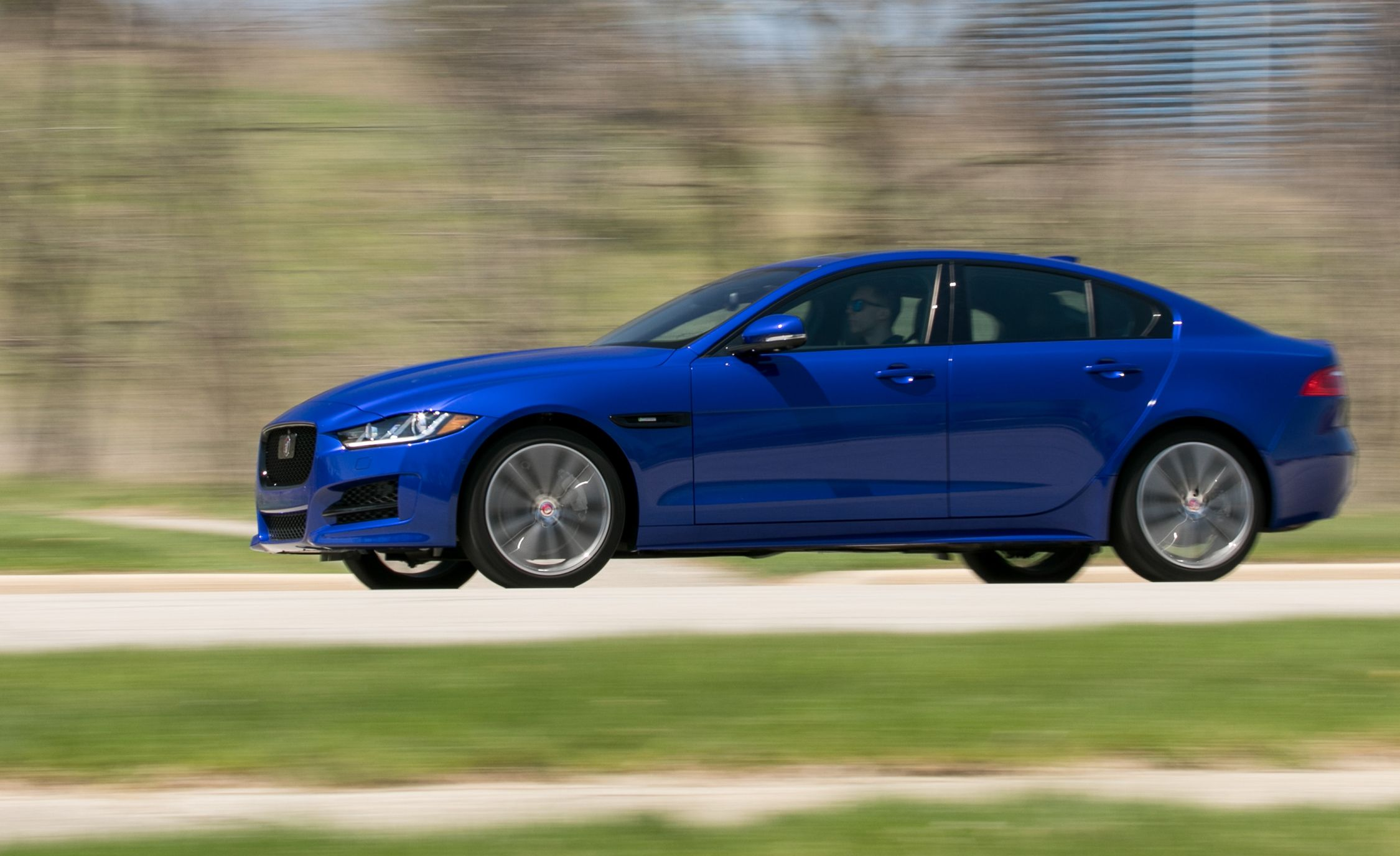2017 Jaguar Xe 25T >> 2020 Jaguar XE Reviews | Jaguar XE Price, Photos, and ...