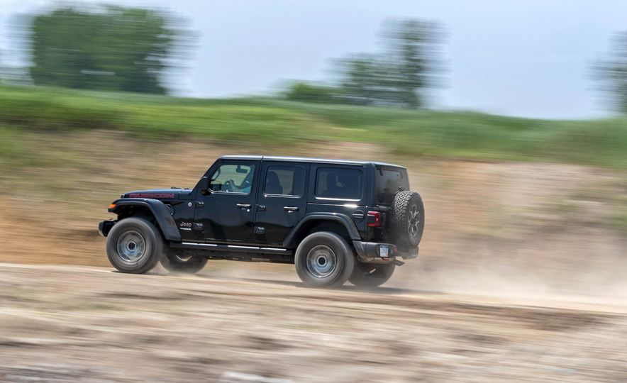 2018 Jeep Wrangler Rubicon Unlimited - Slide 4