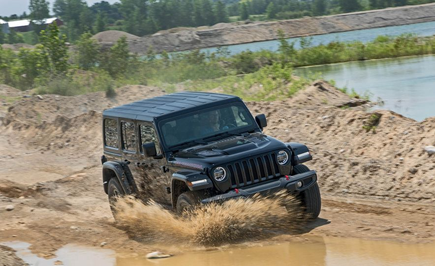 2018 Jeep Wrangler Rubicon Unlimited - Slide 9