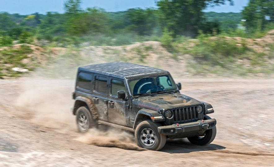 2018 Jeep Wrangler Rubicon Unlimited - Slide 10