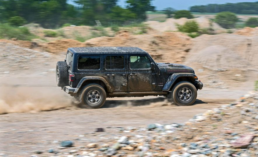 2018 Jeep Wrangler Rubicon Unlimited - Slide 12